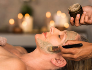 Jak dbać o kondycję skóry twarzy?