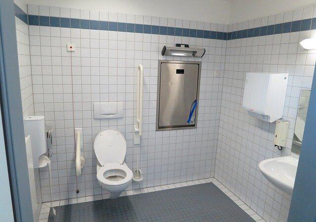 Nakładka na sedes i samodzielne korzystanie z toalety znowu staje się możliwe